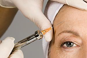 Aesthetic treatments with hyaluronic acid